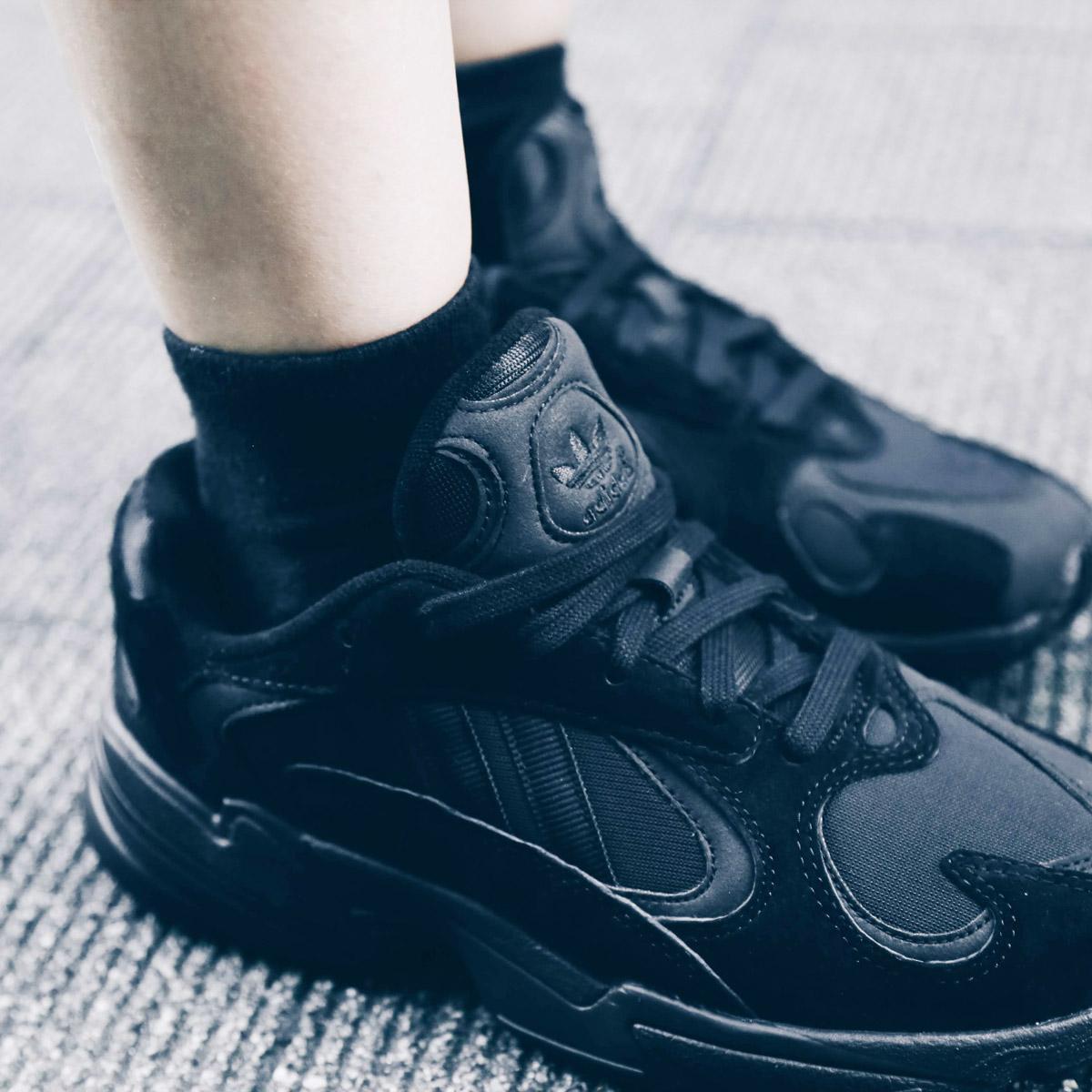 adidas Originals YUNG 1 (Adidas originals young people 1) CORE BLACKCORE BLACKCARBON 18FW I