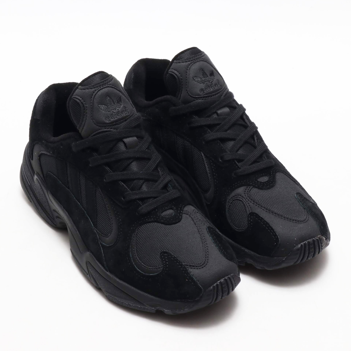 273cab22bf9b adidas Originals YUNG-1 (Adidas originals young people 1) CORE BLACK CORE  BLACK CARBON 18FW-I