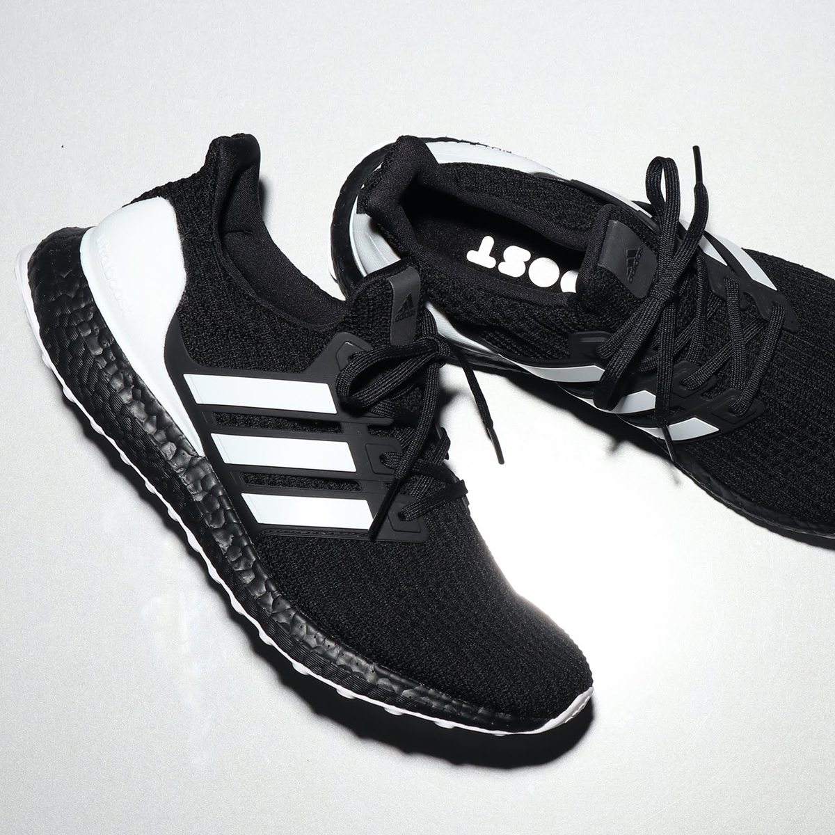 58b5aaa5d adidas UltraBOOST (Adidas ultra boost) CORE BLACK/RUNNING WHITE/CARBON  18FW- ...