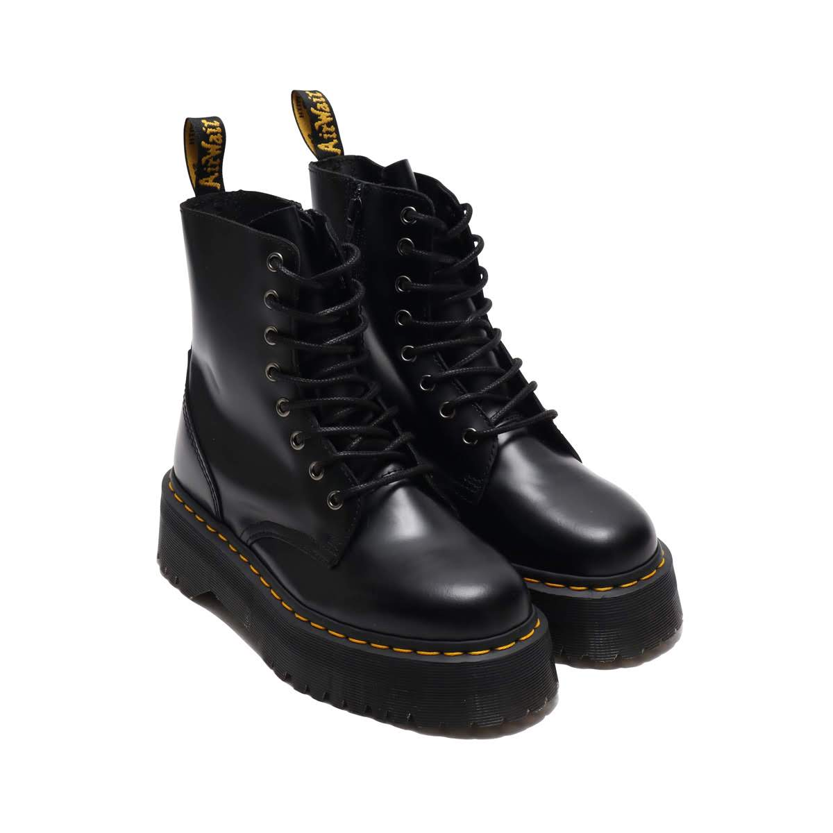 71741ef32cef3 It is 8 hall boots with the side zip that thick sole enhances a voluminous  feel. I attach the inside zip that ガツ っとした volume sole and putting on and  ...