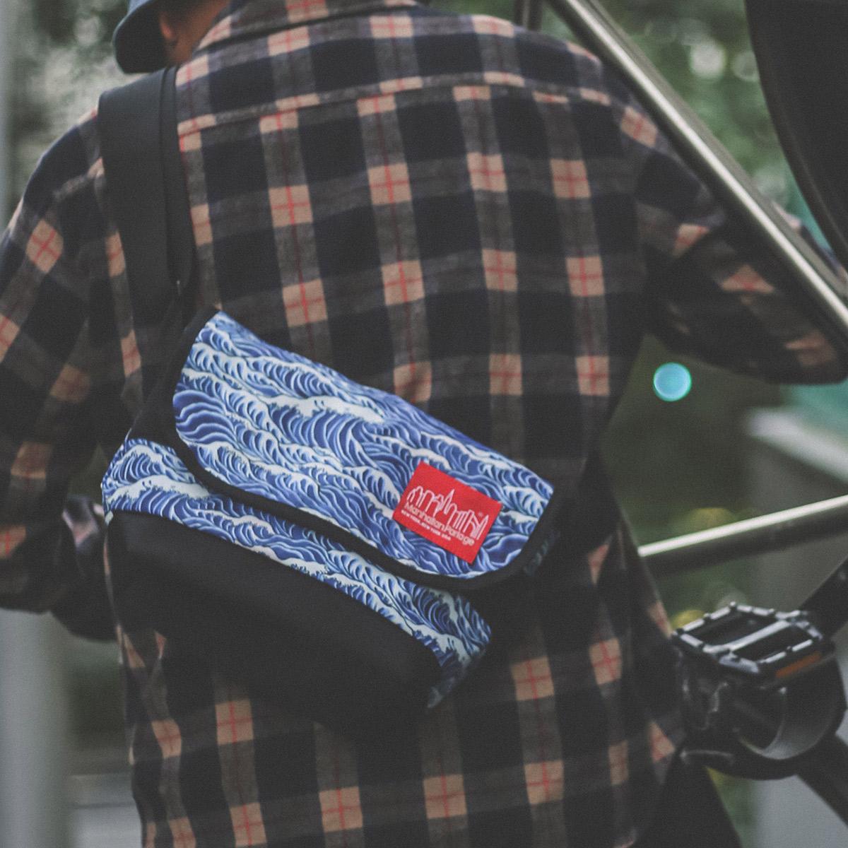 ATMOS LAB Manhattan Portage x T.T.T. x ATMOS LAB Messenger Bag (マンハッタンポーテージ スリータイズタトゥー アトモスラボ メッセンジャーバッグ) (BLACK)18FA-I