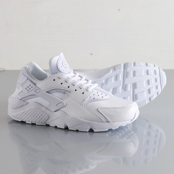 womens nike huaraches white