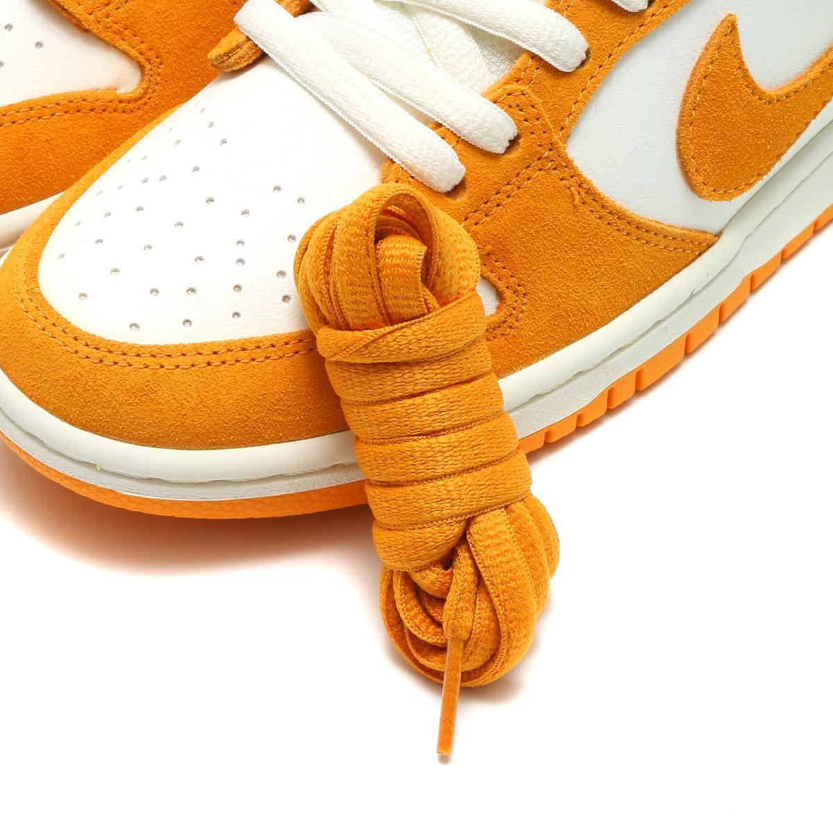 half off eebef 5f05c NIKE SB ZOOM DUNK LOW PRO (Nike Nike SB zoom dunk low pro) (CIRCUIT ORANGE CIRCUIT  ORANGE-SAIL) 17FA-S
