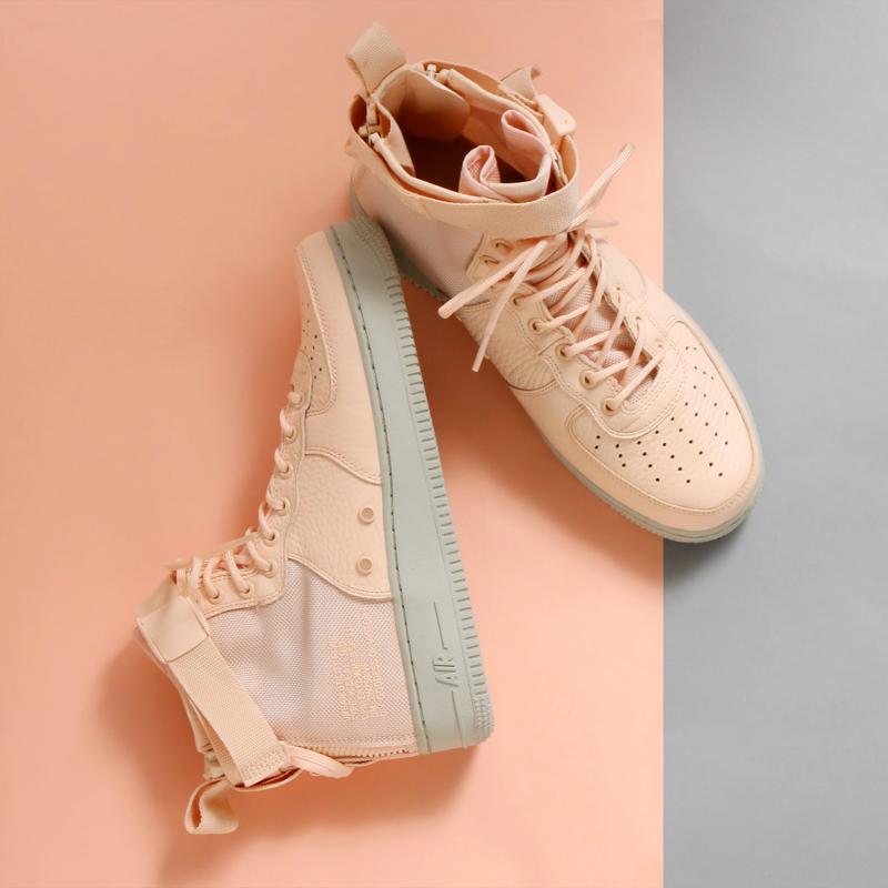 AA3966800 Nike SF Air force 1 Mid Women PinkGrey