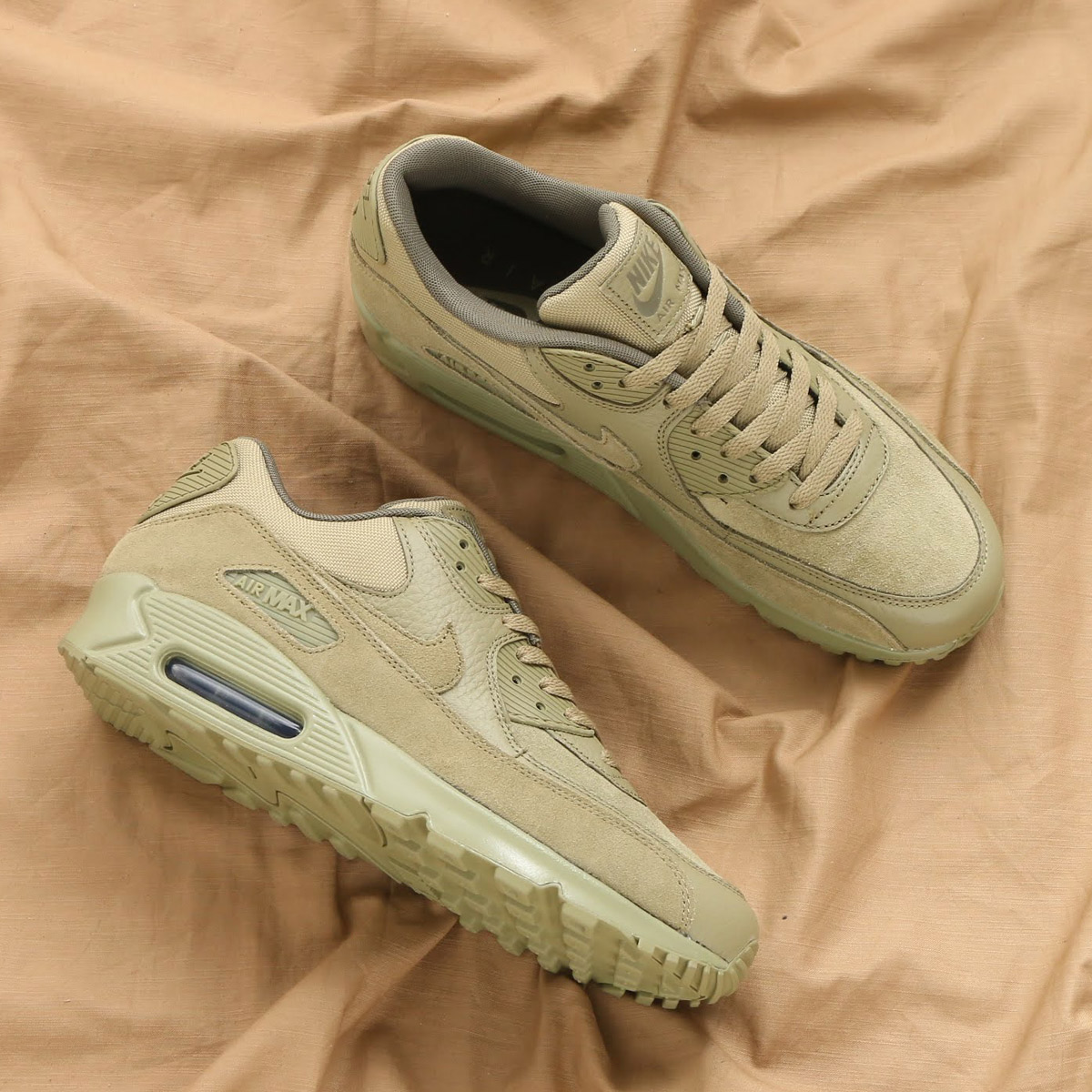 NIKE AIR MAX 90 PREMIUM(ナイキ エア マックス 90 プレミアム)(NEUTRAL OLIVE/NEUTRAL OLIVE-MEDIUM OLIVE)18SP-S
