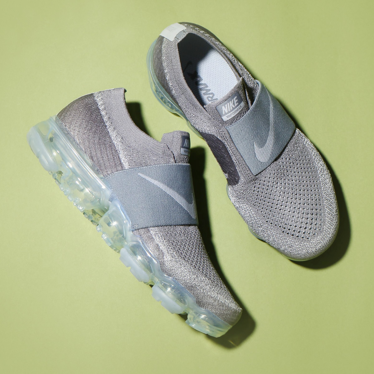 703a3ee4881f7 NIKE WMNS AIR VAPORMAX FK MOC (Nike women air vapor max fried food knit  mock) (COOL GREY WOLF GREY-HOT PUNCH-WHITE) 18SP-S