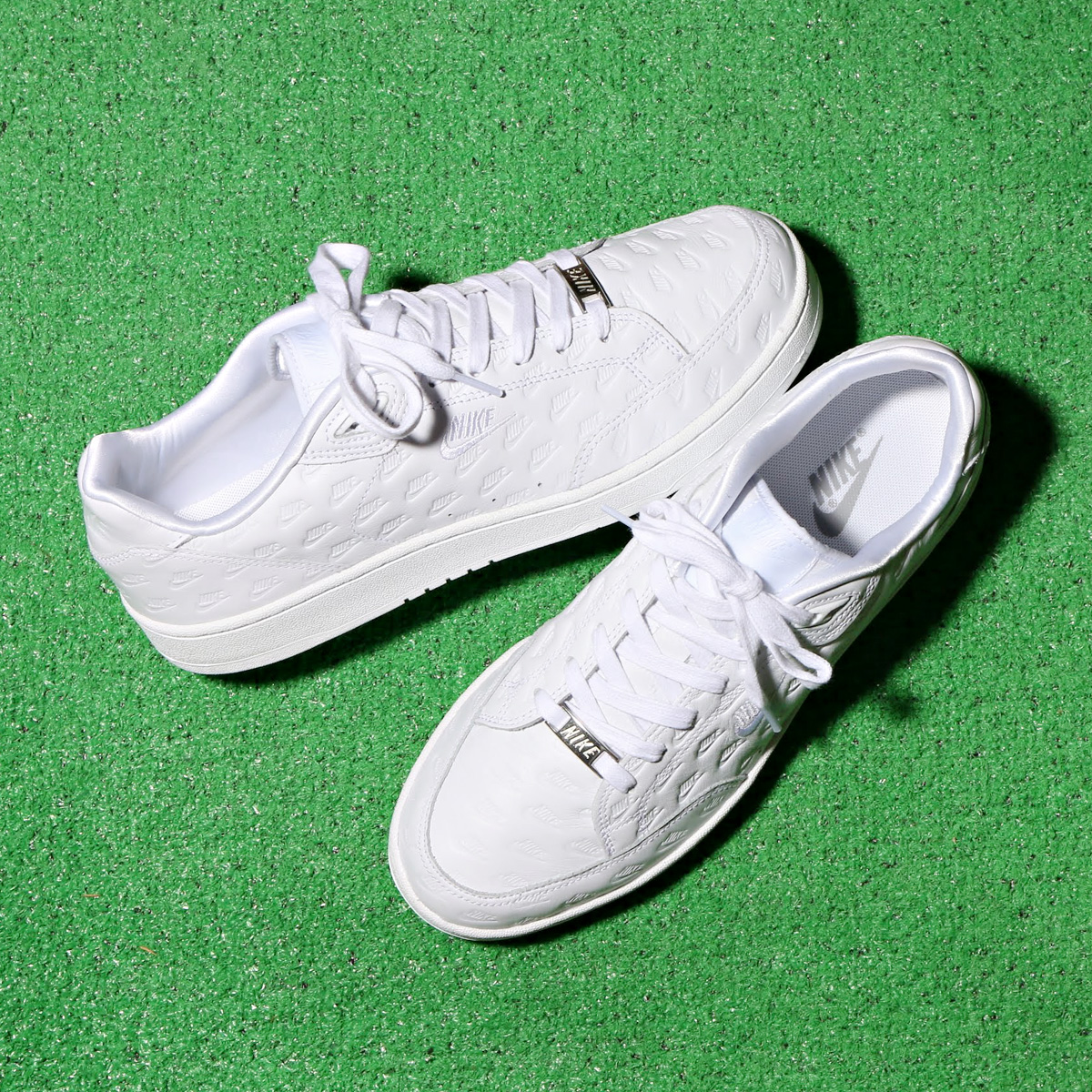 NIKE GRANDSTAND II PNCL(ナイキ グランド スタンド 2 ピナクル)(WHITE/WHITE-MATTE SILVER-MATTE SILVER)18SP-I