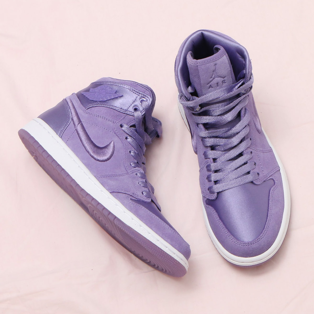 NIKE WMNS AIR JORDAN 1 RET HIGH SOH(ナイキ ウィメンズ エア ジョーダン 1 レトロ ハイ SOH)(PURPLE EARTH/WHITE-METALLIC GOLD)18SP-S
