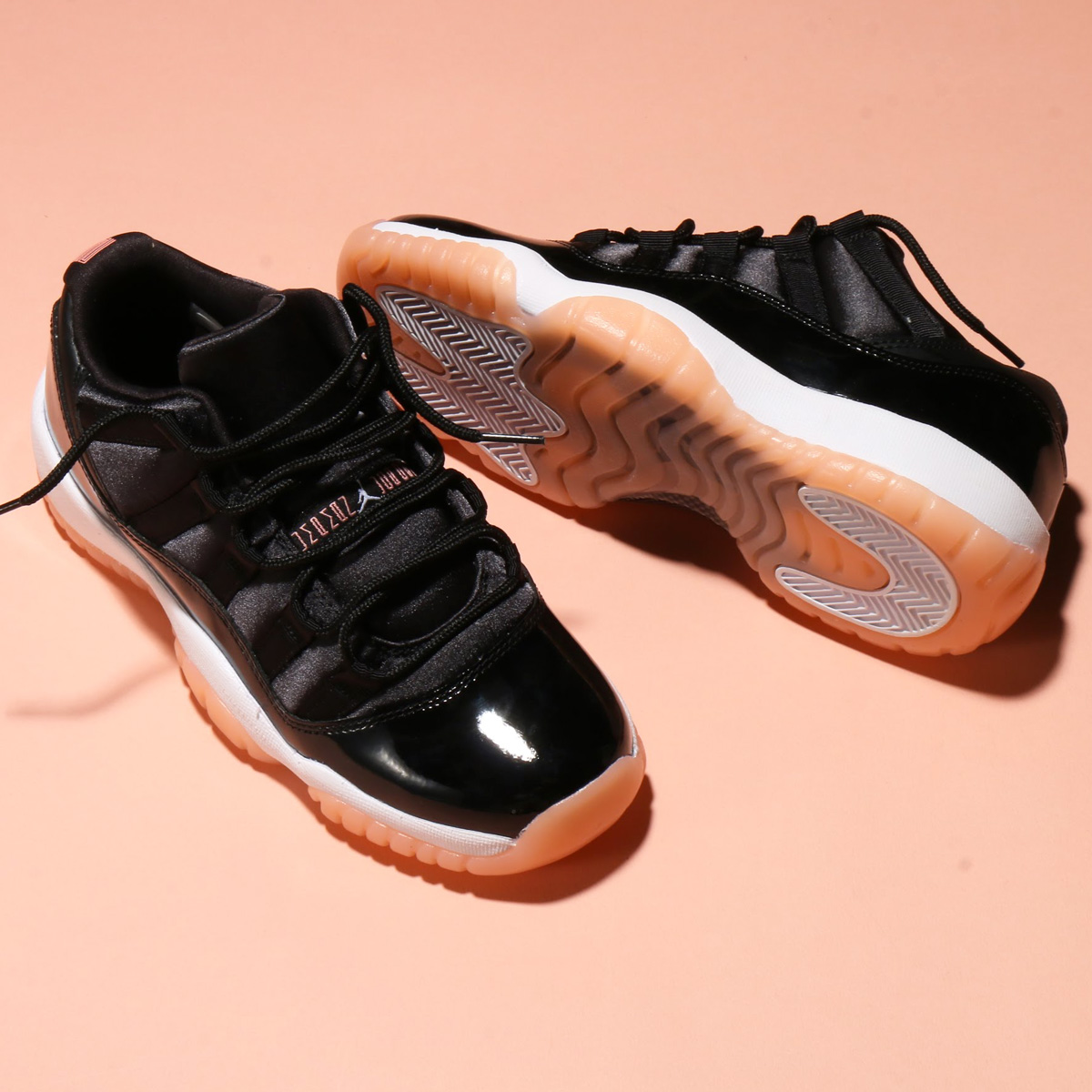 8129d3515242 NIKE AIR JORDAN 11 RETRO LOW GG (Nike Air Jordan 11 nostalgic low GG) (BLACK BLEACHED  CORAL-WHITE) 18SU-S