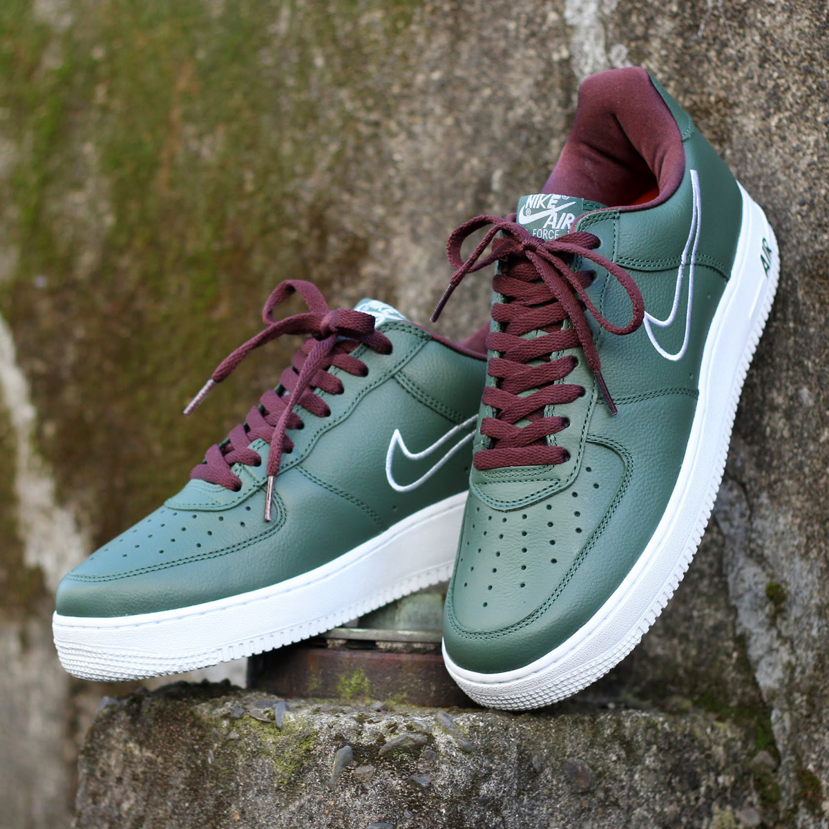 NIKE AIR FORCE 1 LOW RETRO(ナイキ エア フォース 1 ロー レトロ)(DEEP FOREST/WHITE-EL DORADO)18SP-S