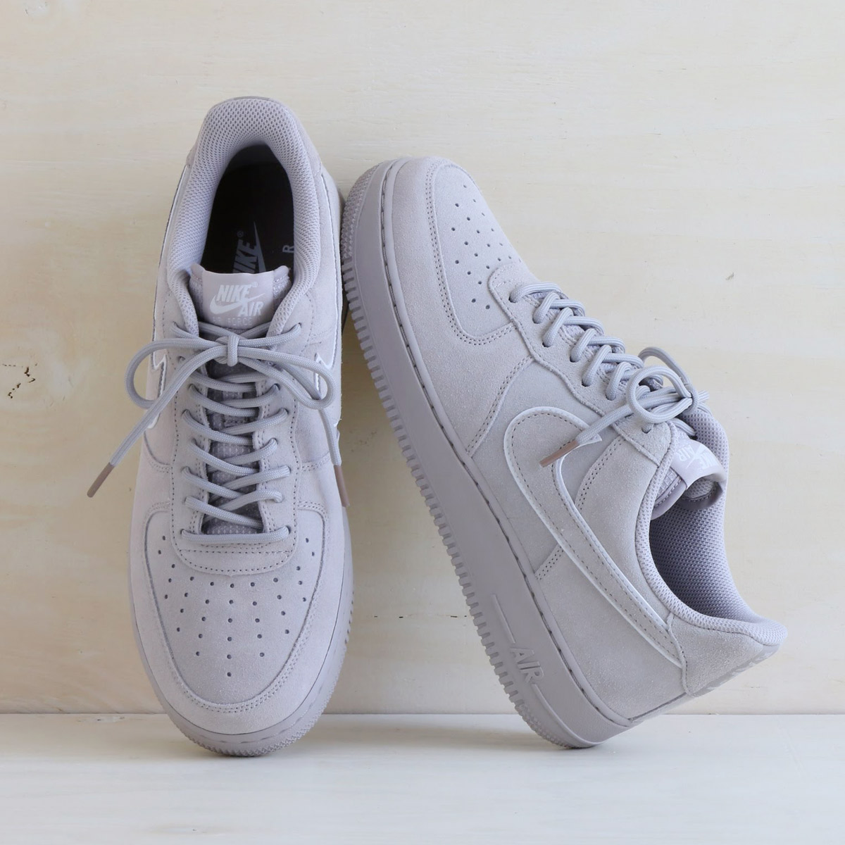 NIKE AIR FORCE 1 '07 LV8 SUEDE (Nike air force 1 07 LV8 suede) (MOON PARTICLE/MOON PARTICLE-SEPIA STONE) 18SU-I
