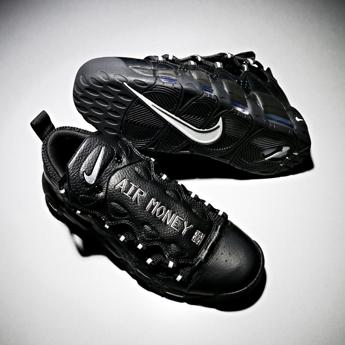 NIKE AIR MORE MONEY(ナイキ エア モア マネー)(BLACK/METALLIC SILVER-BLACK)18SU-S