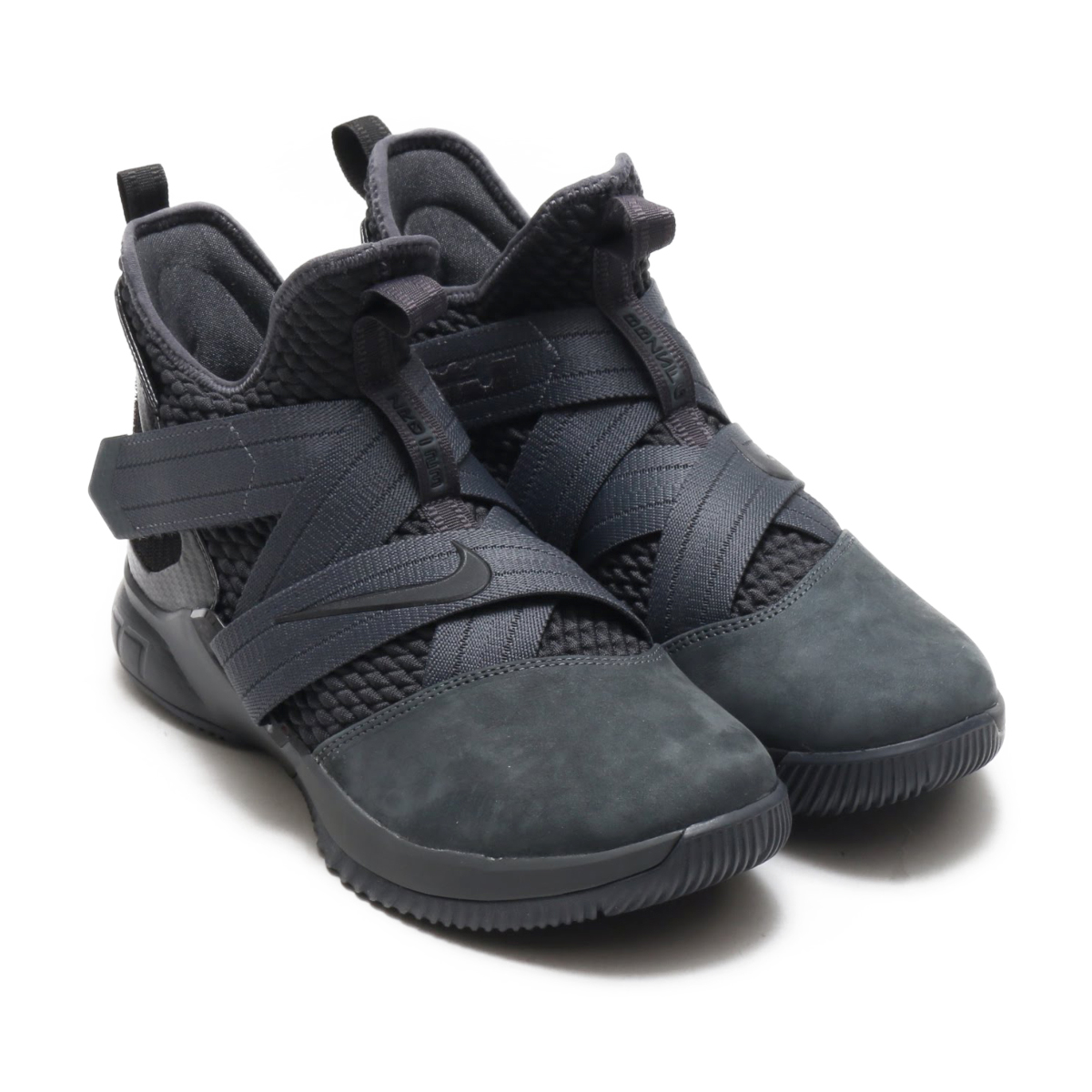 a4547f67de29 NIKE LEBRON SOLDIER XII SFG EP (Nike Revlon soldier XII SFG EP)  (ANTHRACITE ANTHRACITE-BLACK) 18SU-S