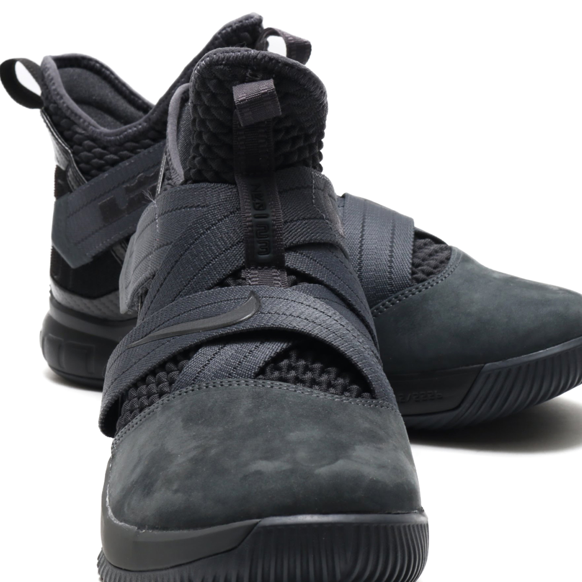 low priced 2581f 553af ... NIKE LEBRON SOLDIER XII SFG EP (Nike Revlon soldier XII SFG EP)  (ANTHRACITE ...