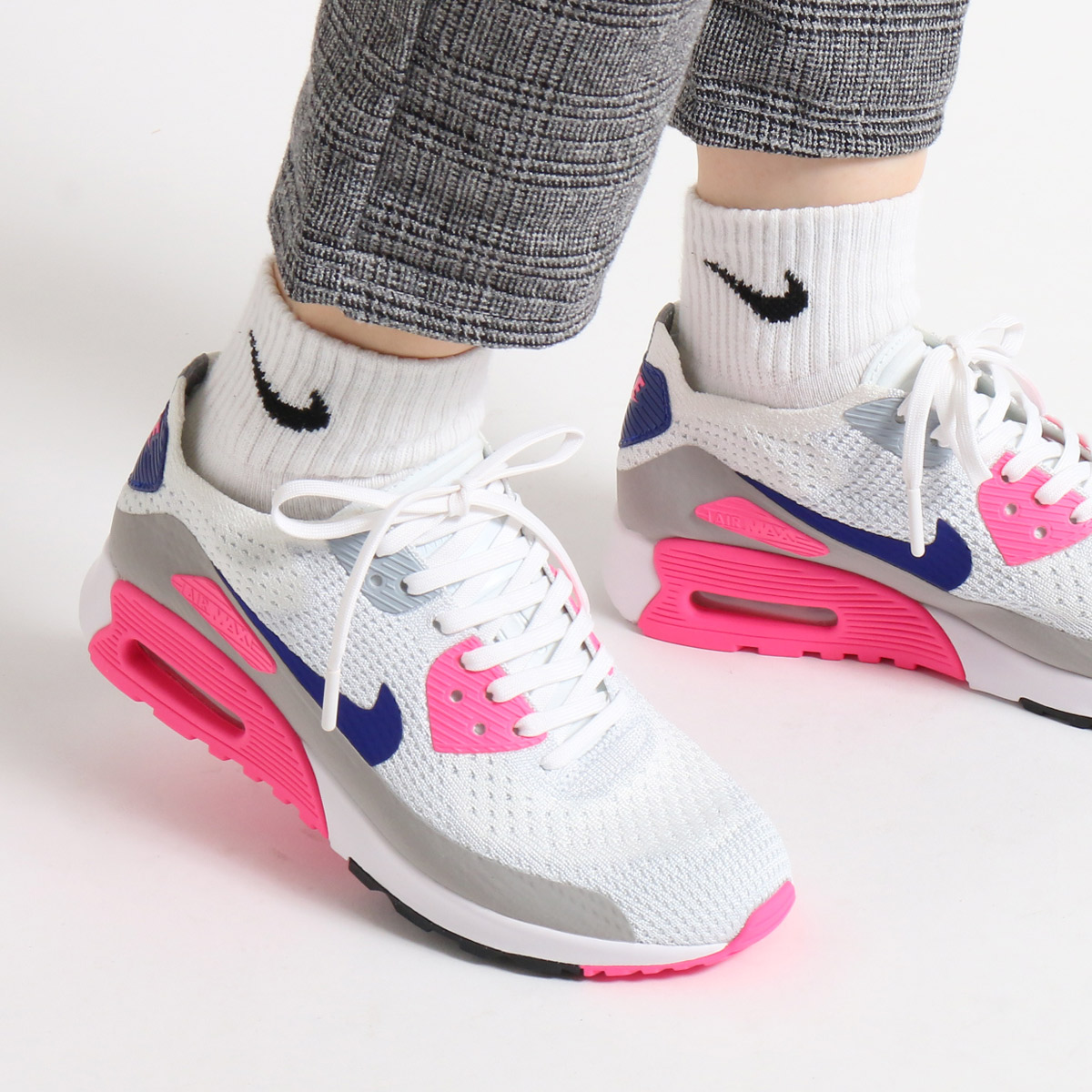 NIKE W AIR MAX 90 ULTRA 2.0 FLYKNIT(ナイキ ウィレディース エア マックス 90 ウルトラ 2.0 フライニット)(WHITE/CONCORD-LASER PINK-BLACK-MATTE SILVER-PURE PLATINUM)【レディース スニーカー】【ピンク PINK】17SP-S