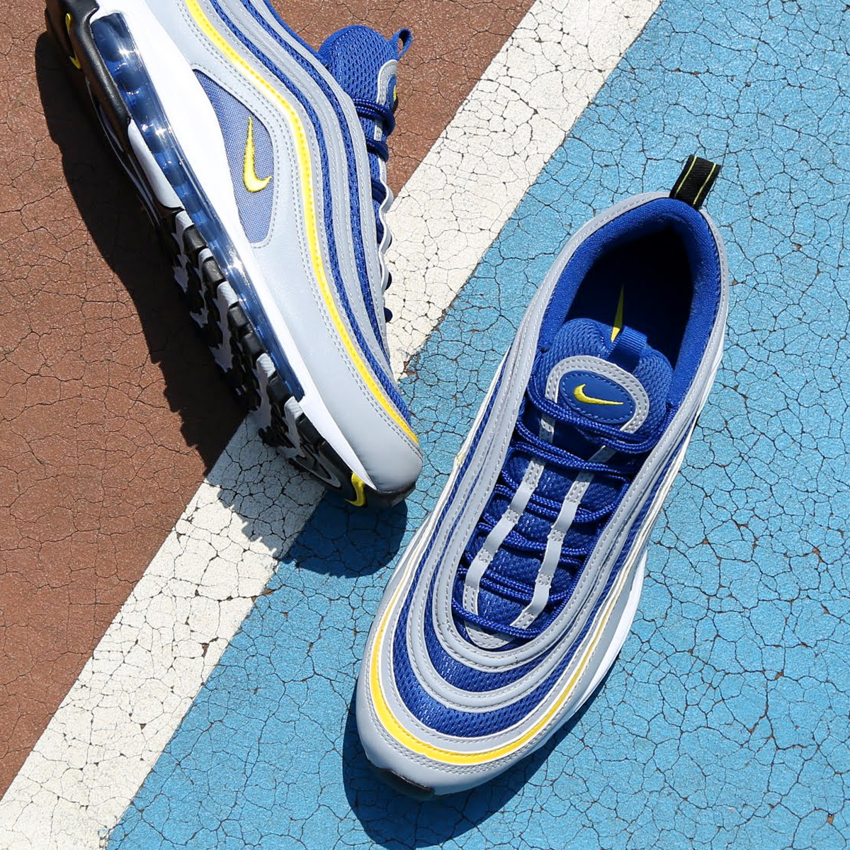 NIKE AIR MAX 97 (Kie Ney AMAX 97) (WOLF GREY TOUR YELLOW-GYM BLUE-WHITE)  18SU-S bc58bb5ca