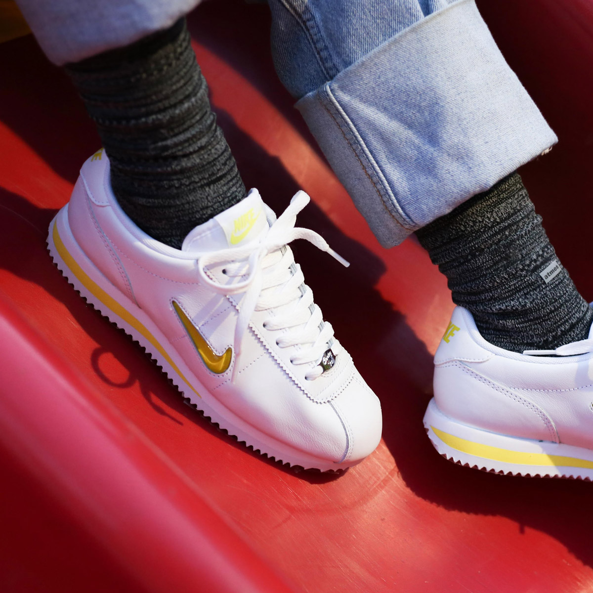 info for e9048 0915a NIKE WMNS CORTEZ BASIC JEWEL  18 (ナイキウィメンズコルテッツベーシックジュエル 18)  (WHITE ELECTROLIME) 18SU-S