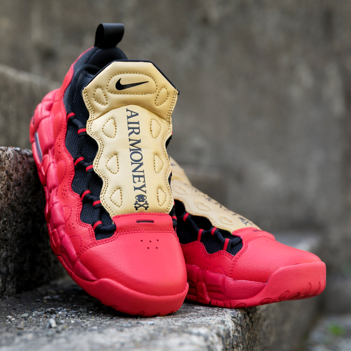 NIKE AIR MORE MONEY (GS) (Nike air more money GS) (UNIVERSITY  REDBLACK-METALLIC GOLD) 18SU-S