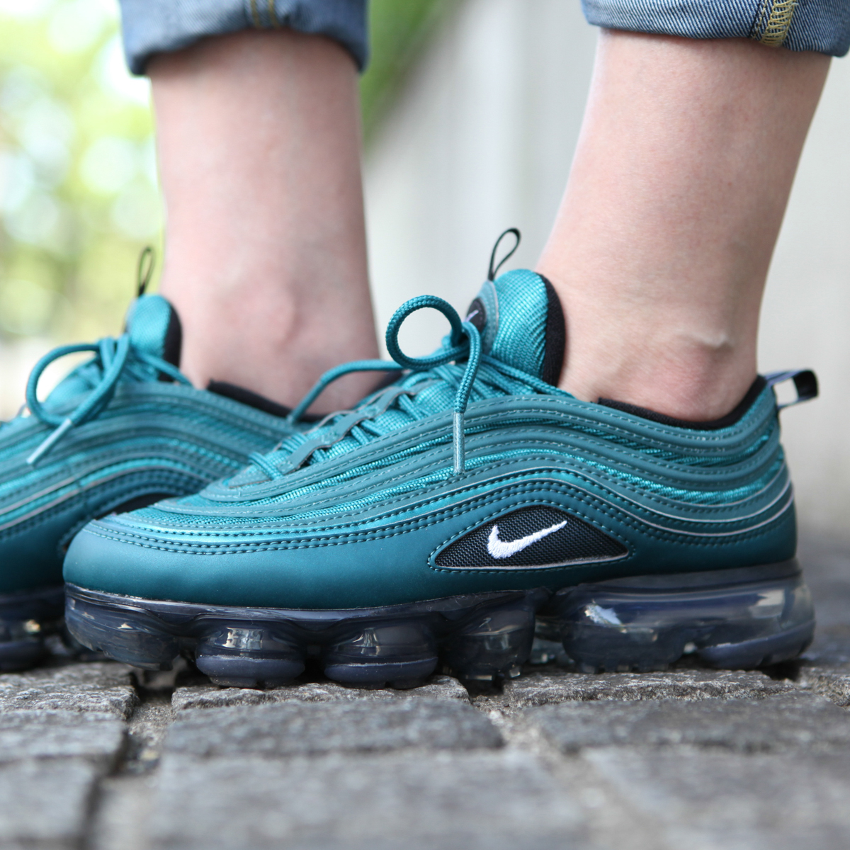 f70f3b202021cc NIKE W AIR VAPORMAX  97 (Nike women air vapor max 97) MTLC DARK  SEA WHITE-BLACK 18SU-S