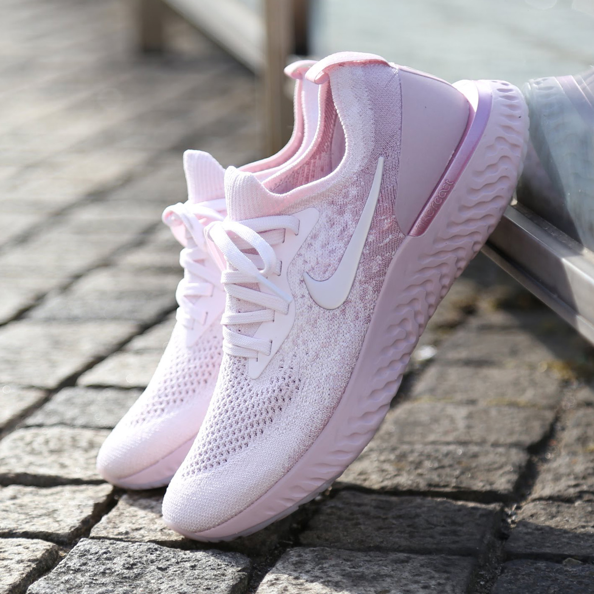 ec6ccd95052 atmos pink  NIKE WMNS EPIC REACT FLYKNIT (Nike women epic re-act fly ...