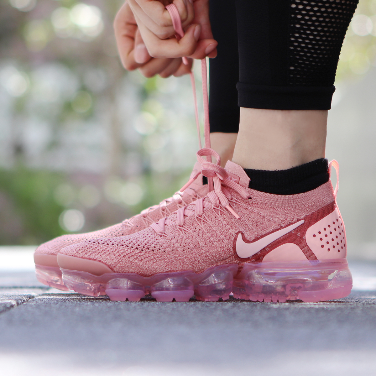 f323f92109e5 NIKE W AIR VAPORMAX FLYKNIT 2 (Nike women air vapor max fried food knit 2)  RUST PINK STORM PINK-PINK TINT 18FA-S