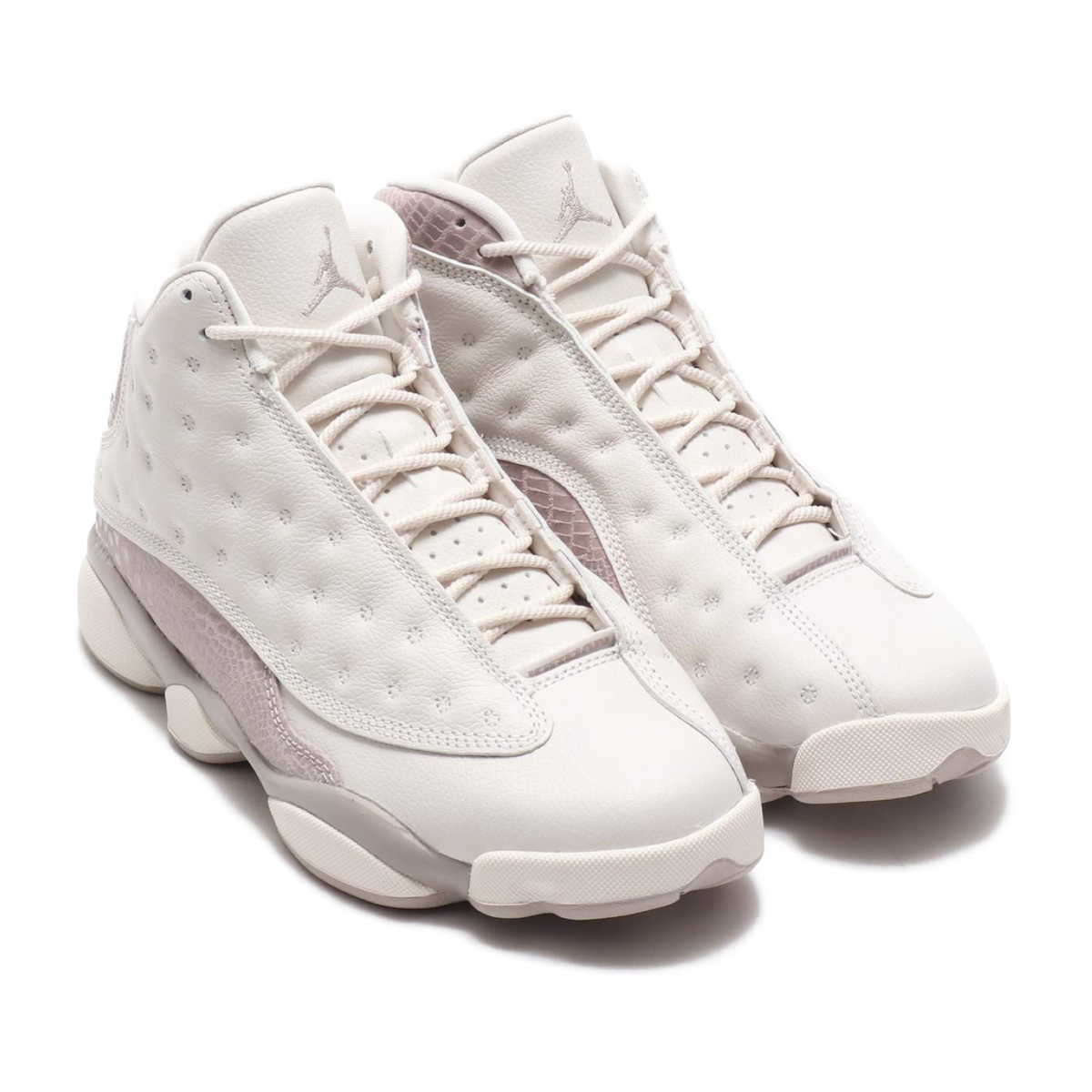 9c033c8be397 NIKE WMNS AIR JORDAN 13 RETRO (nostalgic Nike women Air Jordan 13)  PHANTOM MOON PARTICLE 18FA-S