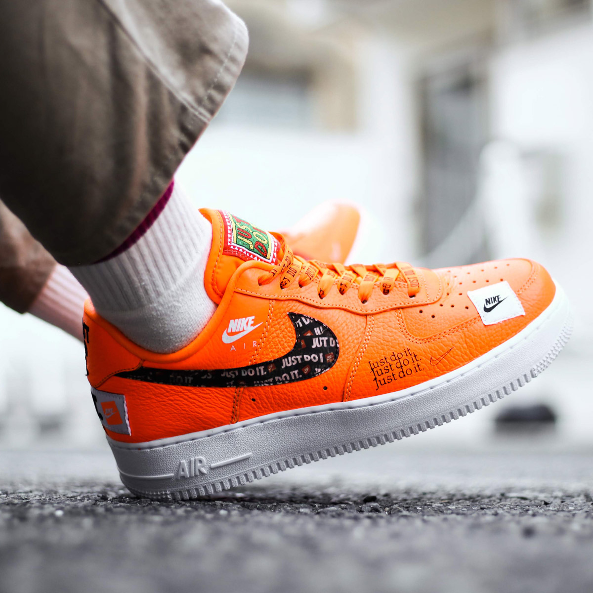 NIKE AIR FORCE 1  07 PRM JDI (Nike air force 1 07 premium JDI) TOTAL ORANGE TOTAL  ORANGE-BLACK-WHITE 18FA-S 75534513e