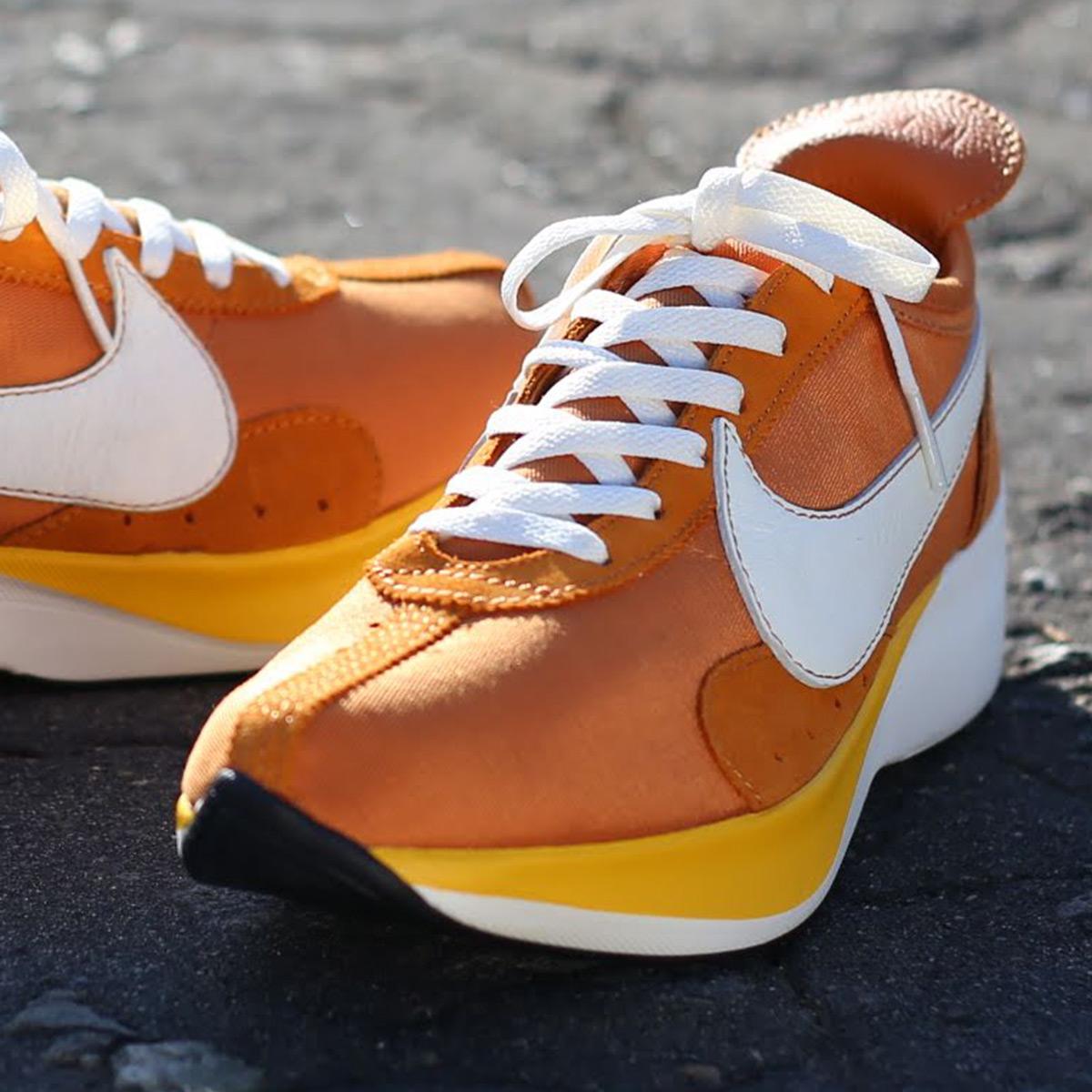 new product 14631 22421 NIKE MOON RACER QS (Nike moon racer QS) (MONARCH SAIL-AMARILLO ...