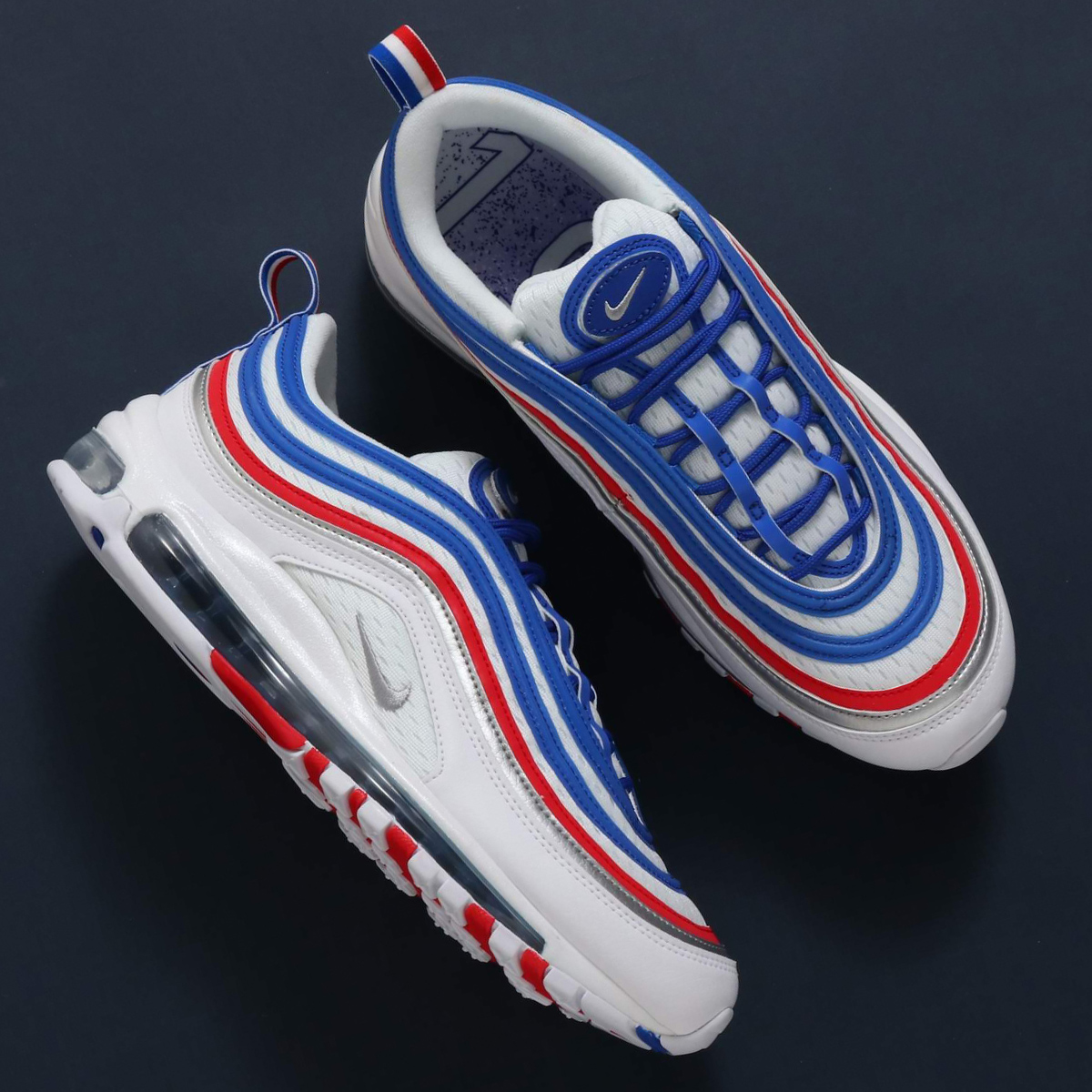 b2e3ac0678 In the image of the Shinkansen, I reproduce the running shoes which are  Aiko Nic which upgraded comfort and the light volume. It renovates a  nostalgic ...