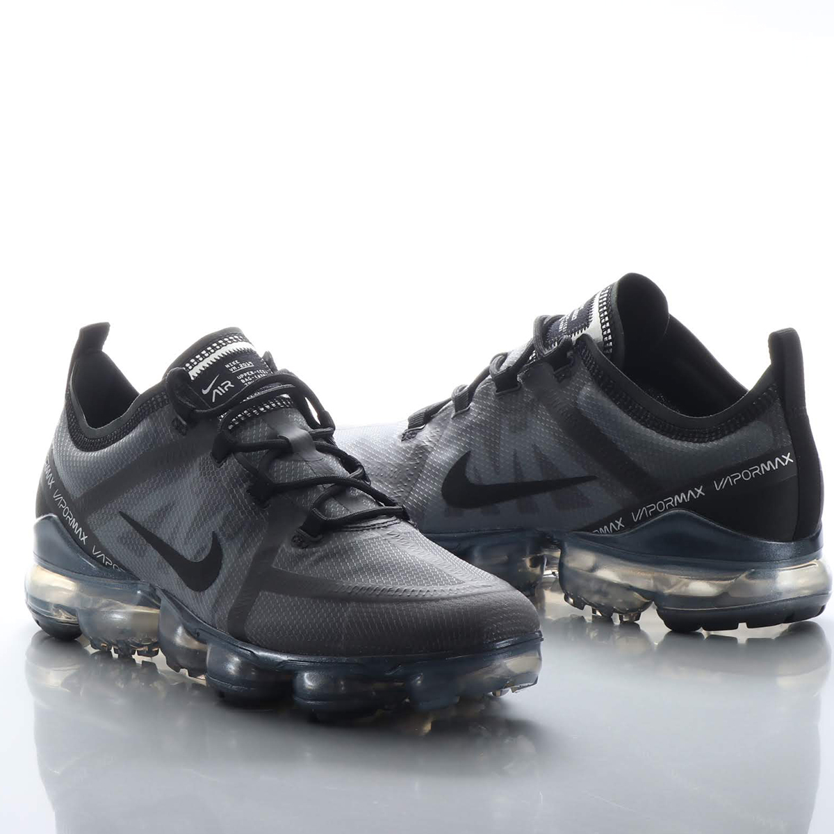 2f06dcd8ed Woo with advanced elasticity skills is material and the クッショニング structure Nike  air vapor max 2019 men's running shoes thought out wrap up a foot, ...