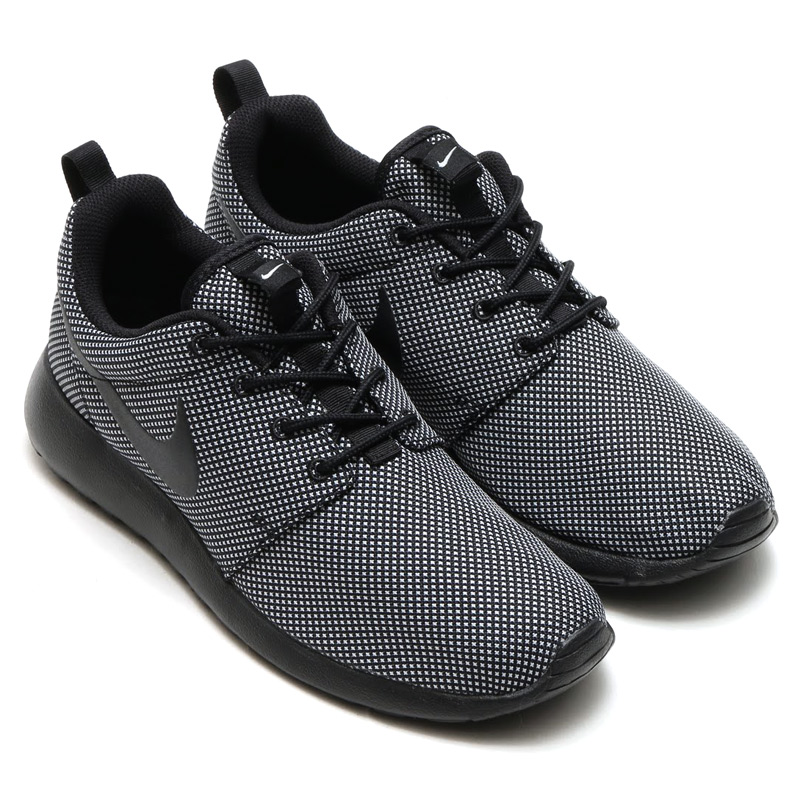 womens nike roshe one black wolf grey