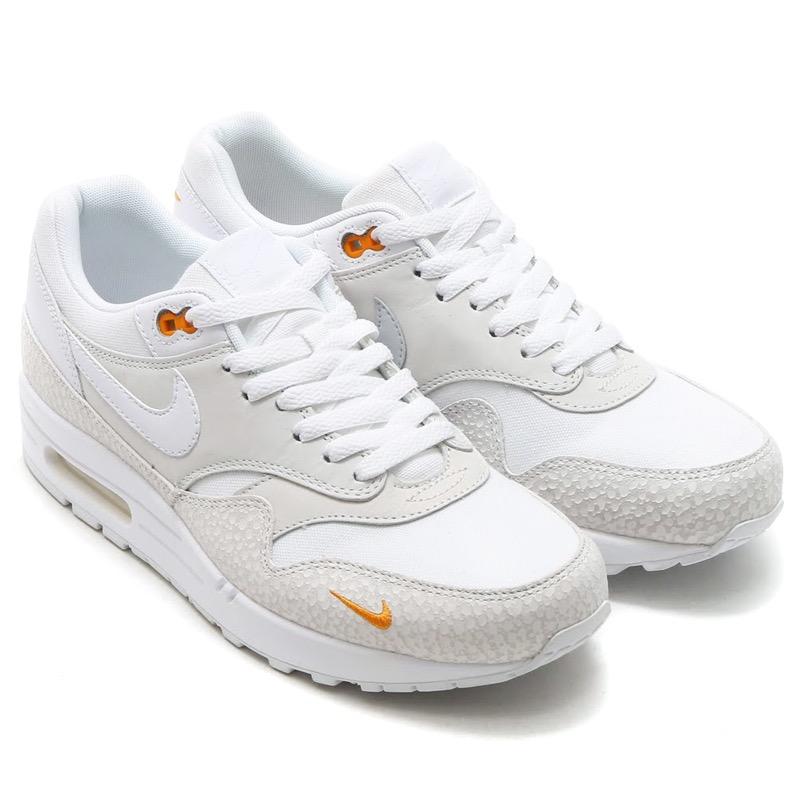 nike air max 1 kumquat white