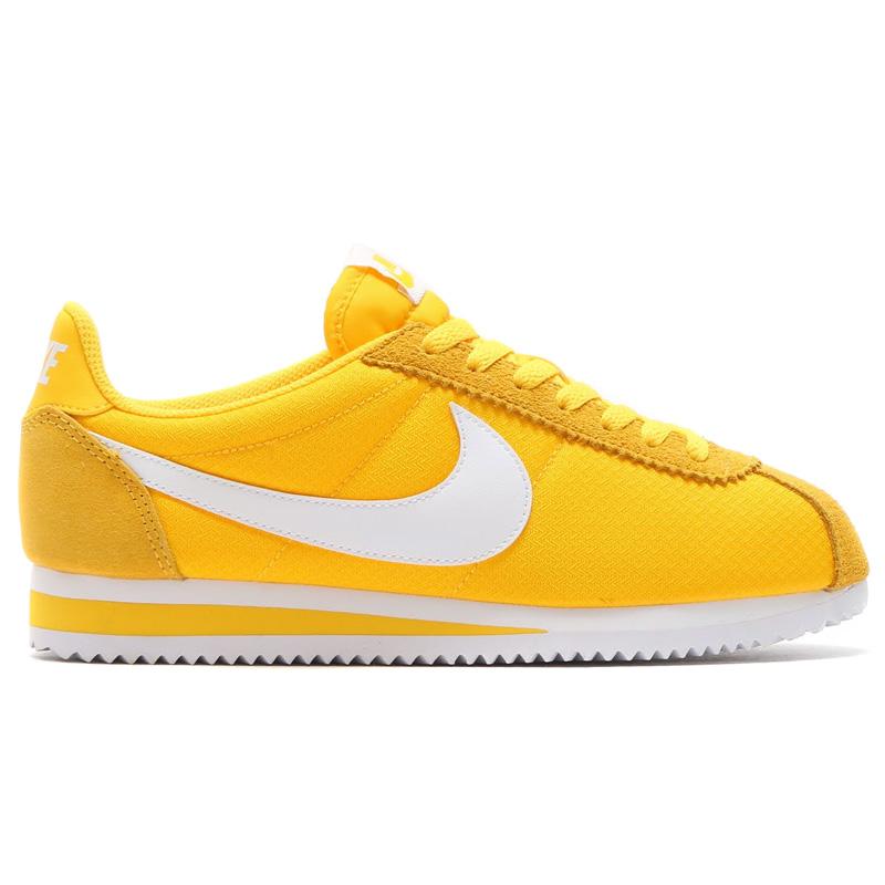 NIKE WMNS CLASSIC CORTEZ NYLON (Nike womens classic Cortez nylon) VARSITY  MAIZEWHITE nike cortez varsity maize . ...