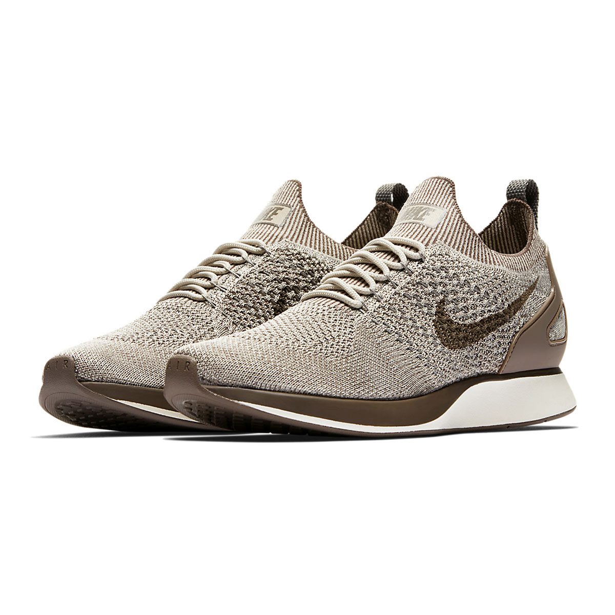 90a4a785f8a1 NIKE AIR ZOOM MARIAH FLYKNIT RACER (Nike air zoom Maria fly knit racer)  STRING DARK MUSHROOM-LIGHT CHARCOAL 17HO-I