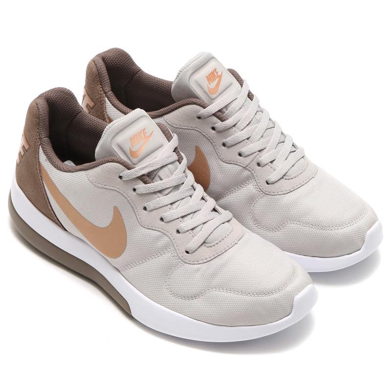 NIKE WMNS MD RUNNER 2 LW (Nike Womens MD runner 2 LW) LT IRON ORE/MTLC RED  BRONZE-PALOMINO-WHITE 16HO-I