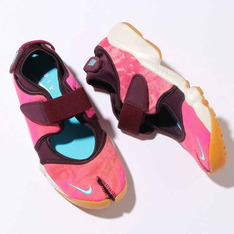 NIKE WMNS AIR RIFT PRM QS (Nike wmns air rift premium QS) MERLOT/OMEGA BLUE-SUMMIT WHITE 16SU-S