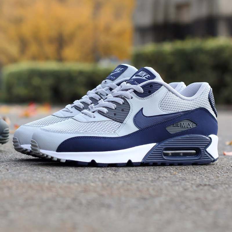 nike air max 90 essential blue and white