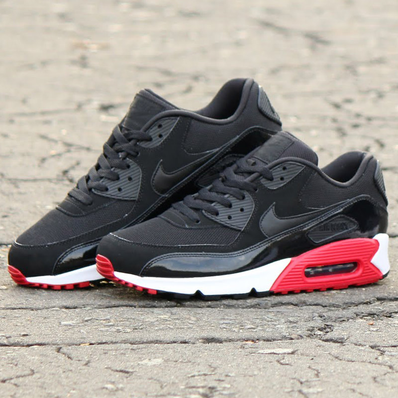 air max 90 essential black red