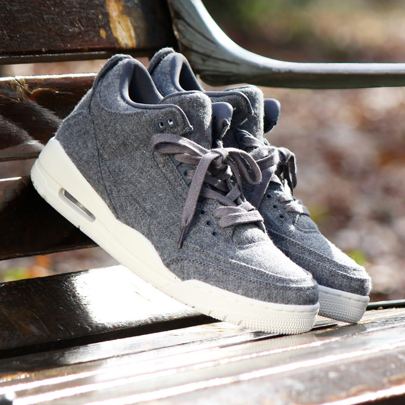 meet 2e948 ec3fe AIR JORDAN III which gave glory to a step of Michael Jordan in the 1987-88  season when I got MVP, dunk contest championship. The recreation of the  memorable ...