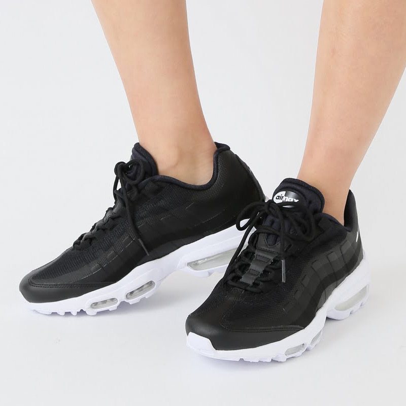 NIKE AIR MAX 95 ULTRA ESSENTIAL (Kie Ney AMAX 95 ultra essential) (BLACK/WHITE-WHITE) 17SP-I