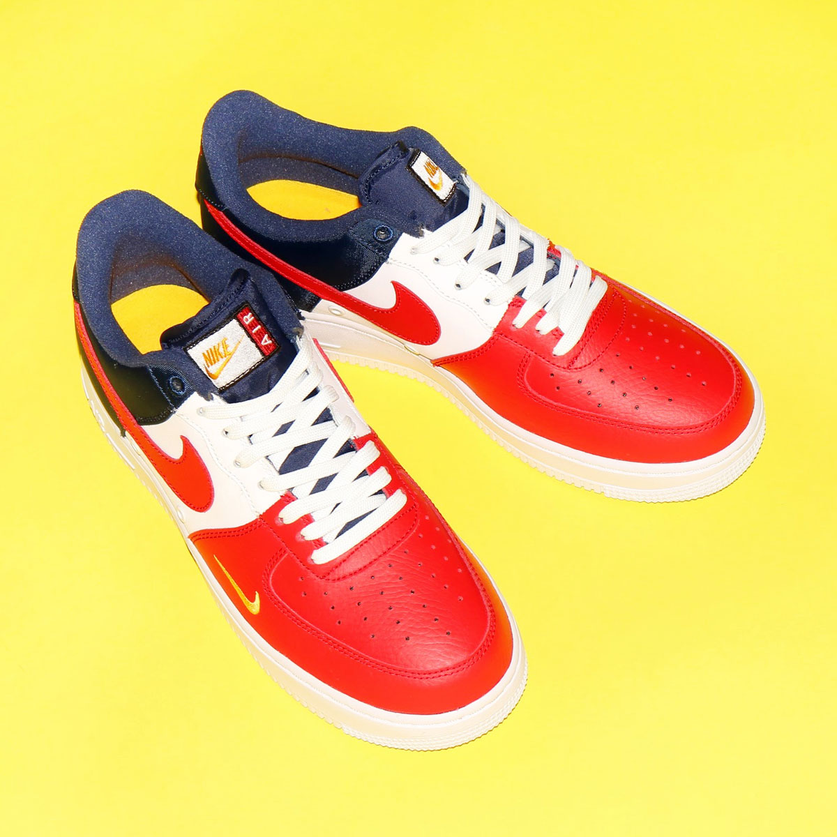 check out 4a315 28a2c The masterpiece of the Nike basketball released in 1982. The constant  seller model that continues still attracting a fan after time when a classic  ...