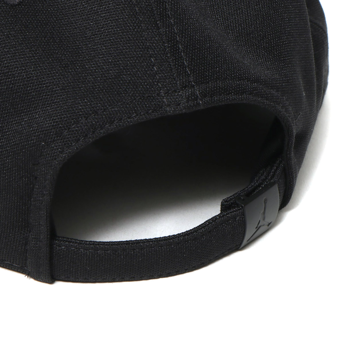 56330b1ad45 NIKE JORDAN WINGS STRAPBACK (Jordan WINGS strap back cap) BLACK WHITE 17FA-I