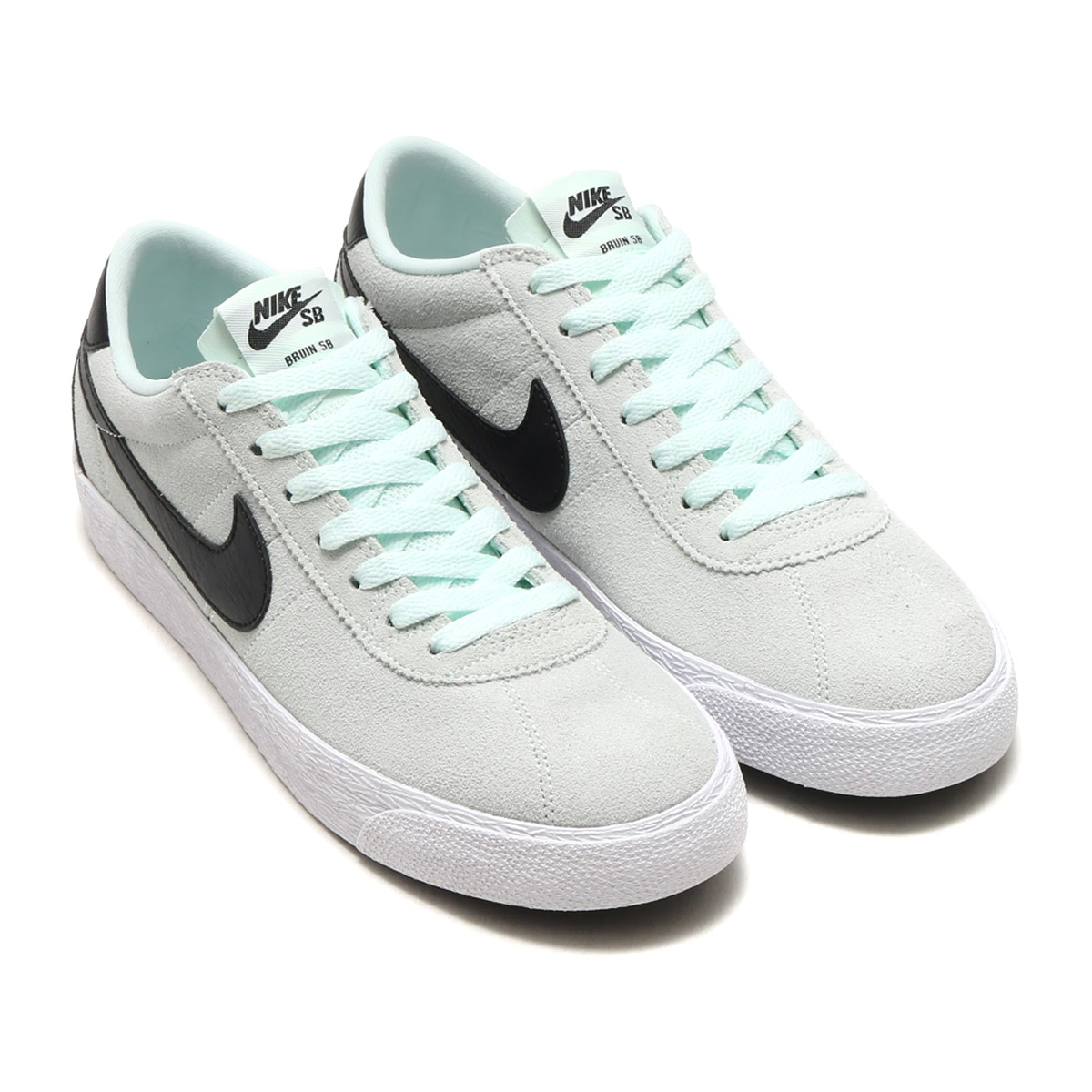 dc28245d6a8d Nike SB bulldog in zoom premium SE carries mid sole of the honeycomb  structure and thin クッショニング and shows a flexible grip and superior shock  power of ...