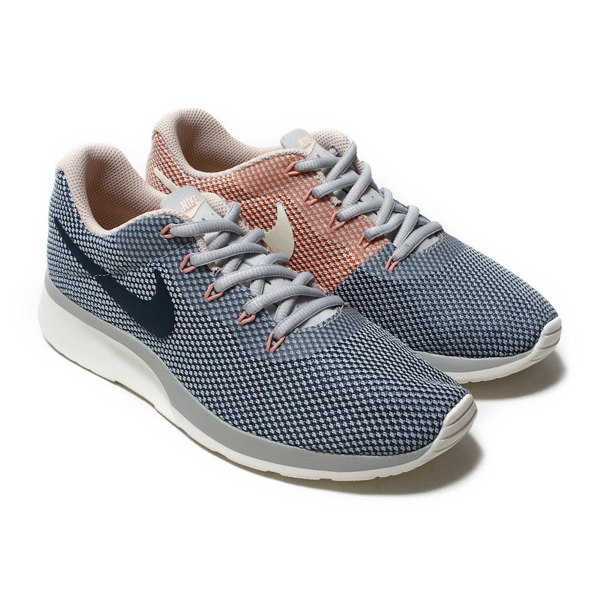 nike tanjun racer women's running shoes