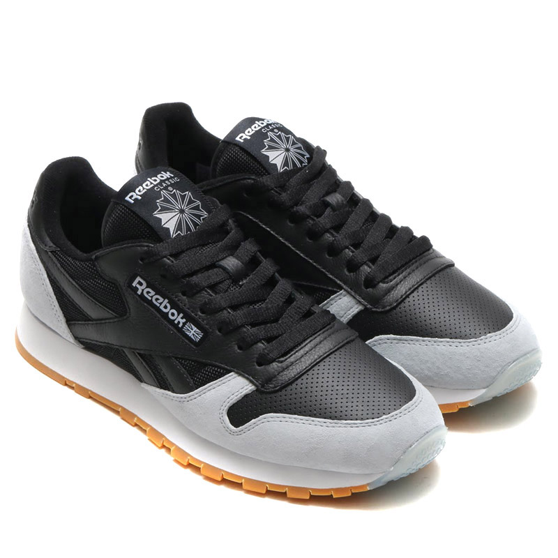 (Reebok classic) Reebok CLASSIC sneakers. Likely to call and the famous  Reebok fitness boom of the   80s was driven by the age 4115613a0e46