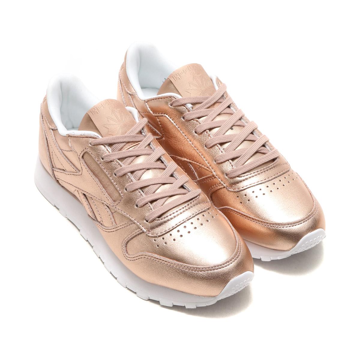 3c11d5c78bc Reebok CLASSIC (Reebok classical music) sneakers.