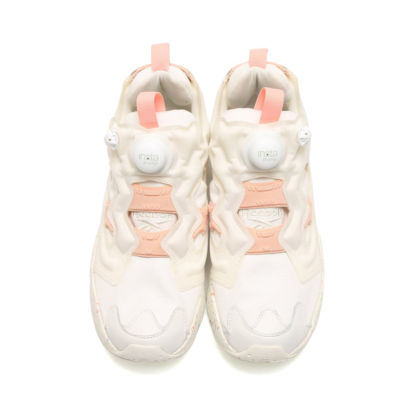 "Reebok INSTA PUMP FURY CELEBRATE ""Easter Pack"" (리 복 インスタ 펌프 분노 セレブレイト) CHALK/DESERT STONE/SAGE MIST/MOON VIOLET 16SS-S"