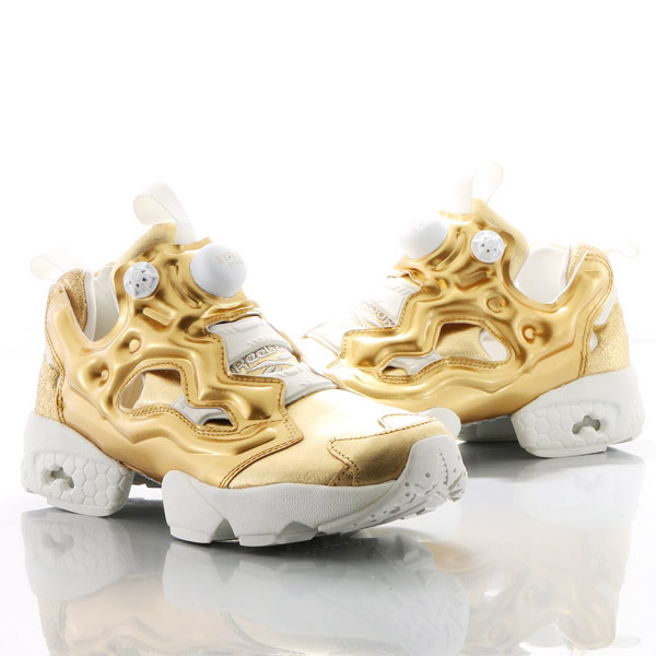 Reebok INSTA PUMP FURY CELEBRATE (Reebok insta pump fury celebrate) RBK  BRASS CHALK 16SS-S b0bc05653