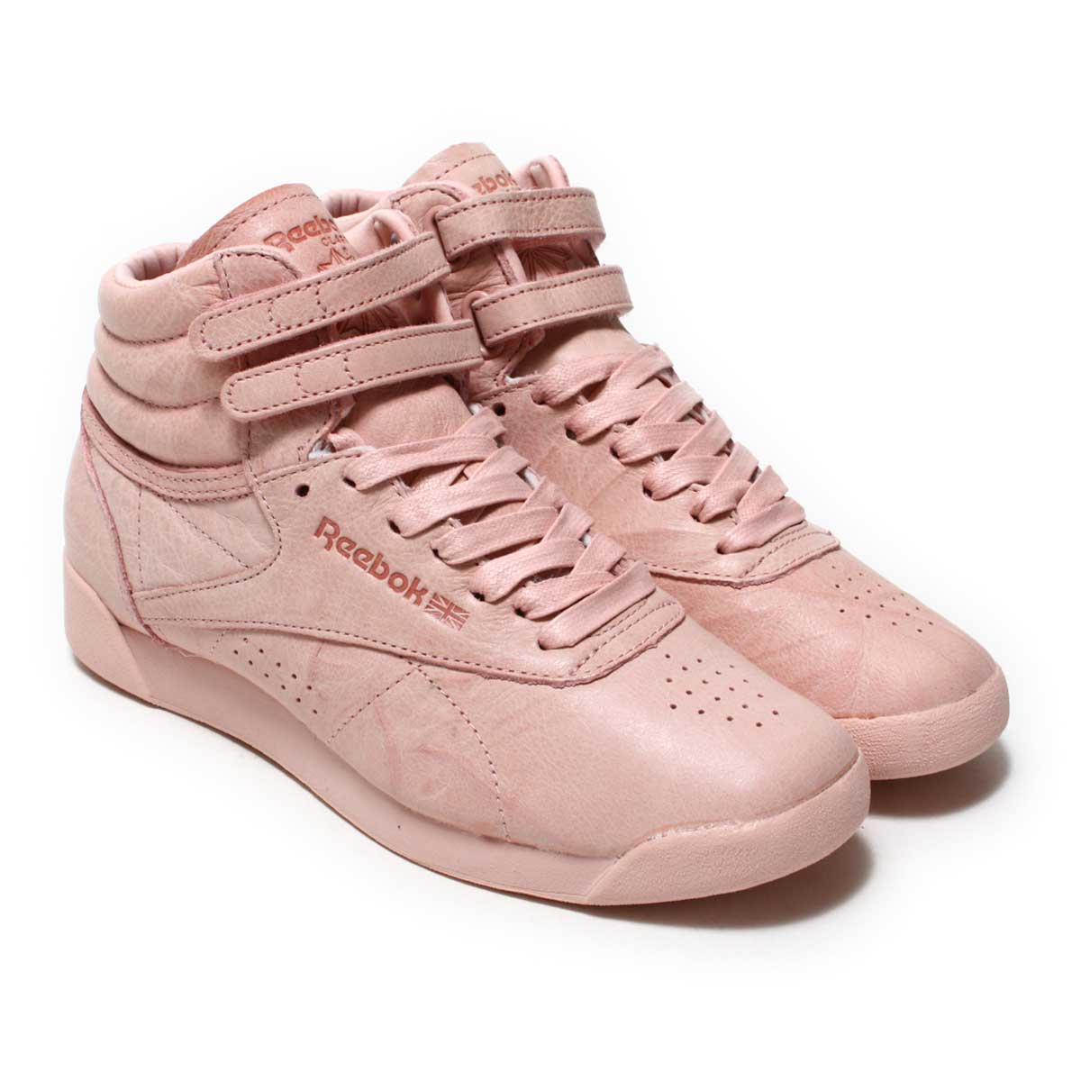 edf1123ca88 FREE STYLE is bestseller shoes in lady s shoes of Reebok. I appear as  lady s aerobics shoes in 1982. The garment leather (high-quality natural  leather) ...