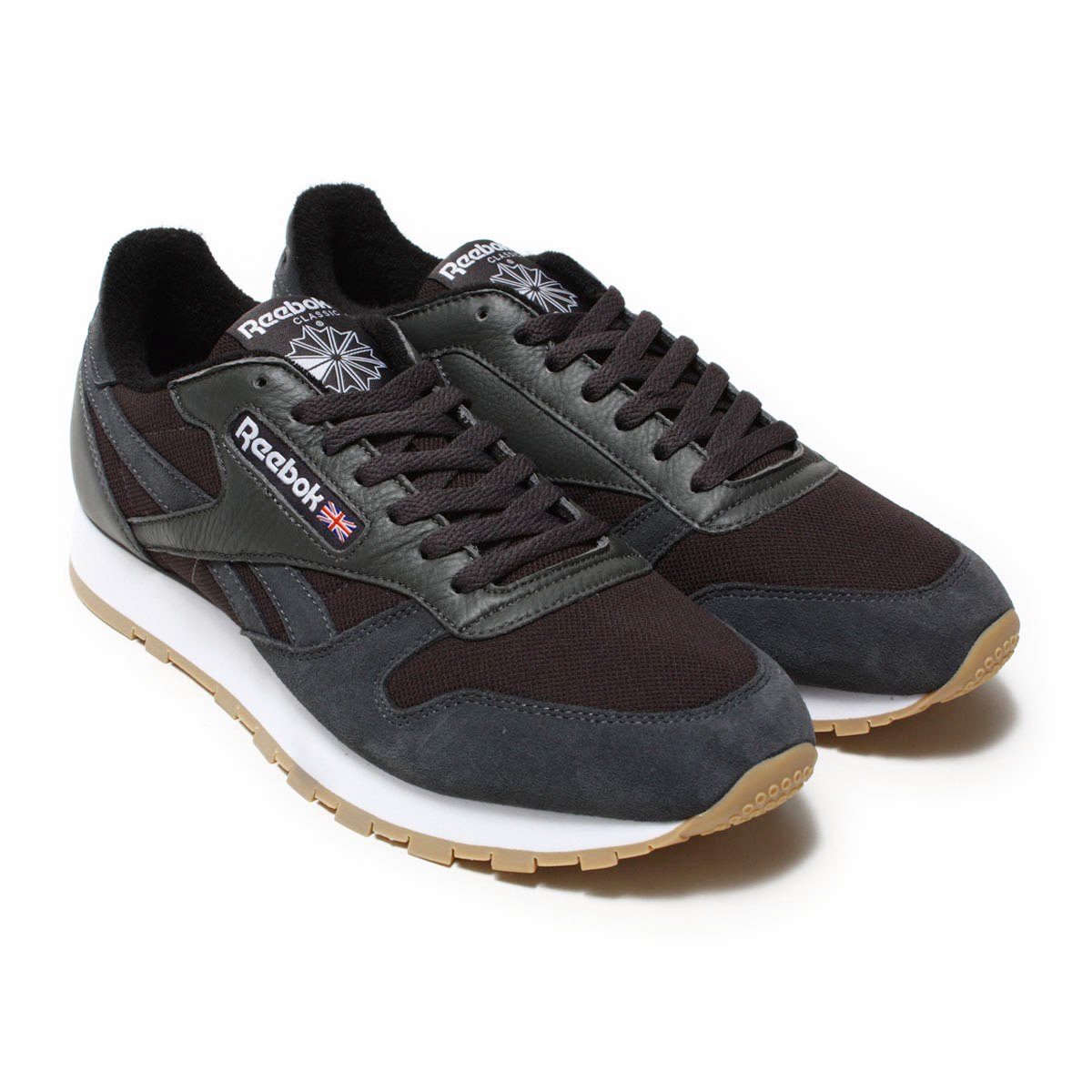 e7f45778d72 Reebok CLASSIC (Reebok classical music) sneakers. The model that is popular  with world wide even now that the classic leather (CLASSIC LEATHER) was  released ...